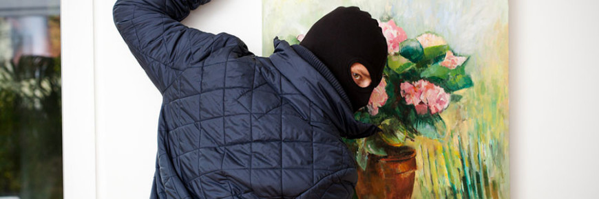 thief_painting-900x300